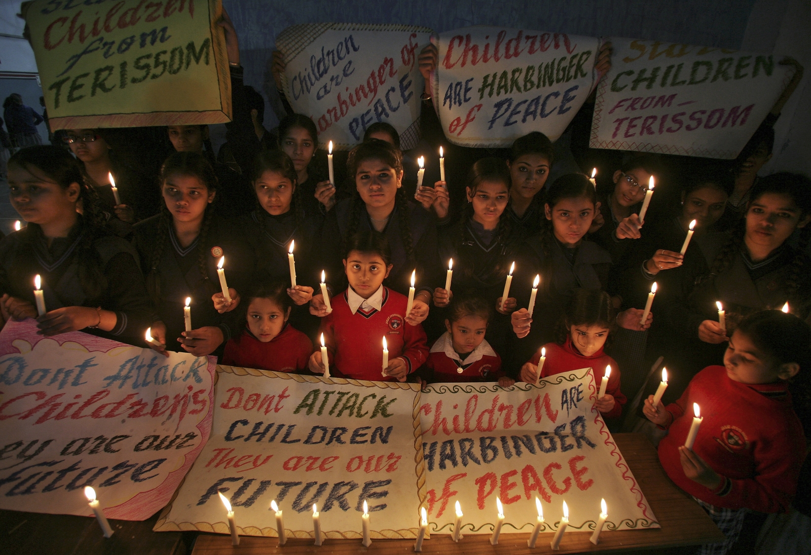 India mourns Peshawar school attack