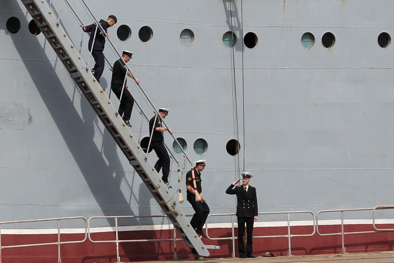 Russian sailors France