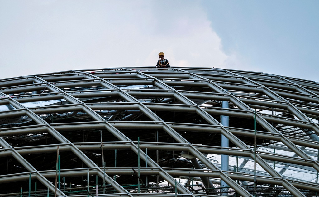 China: Data revision lifts 2013 GDP by $305bn