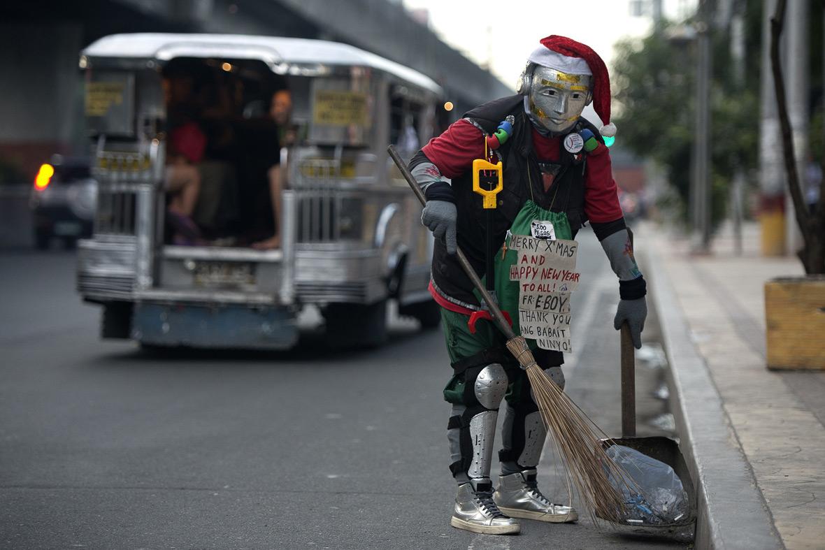 manila robot street