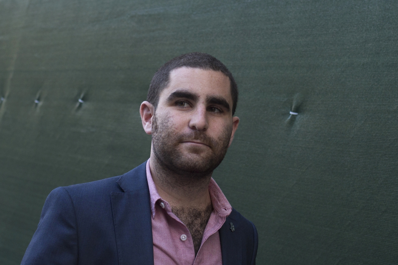 Bitcoin promoter Charlie Shrem walks out of federal court in Lower Manhattan, New York