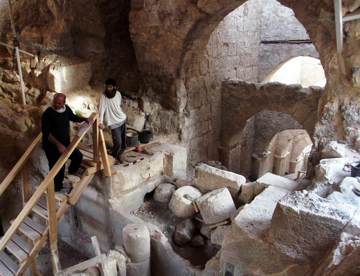 Palace entry complex discovered at Herodian Hilltop Palace by Hebrew University archaeologists