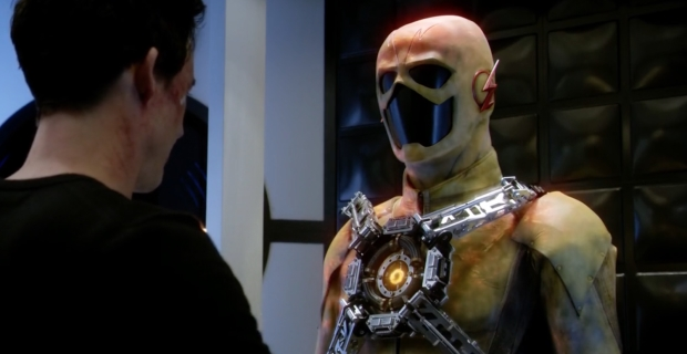 Harrison Wells With The Yellow Suit In Midseason Finales Shocking Revelation TheFlash Facebook