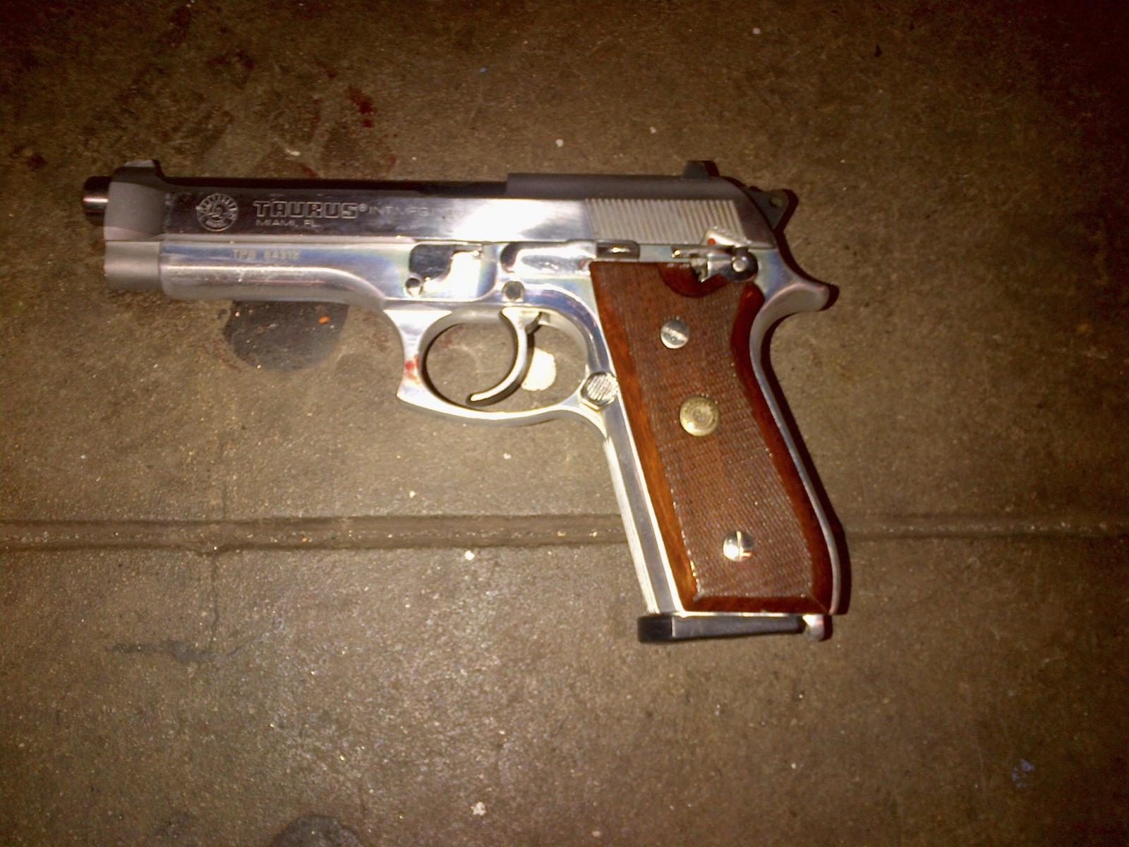 Brinsley's gun