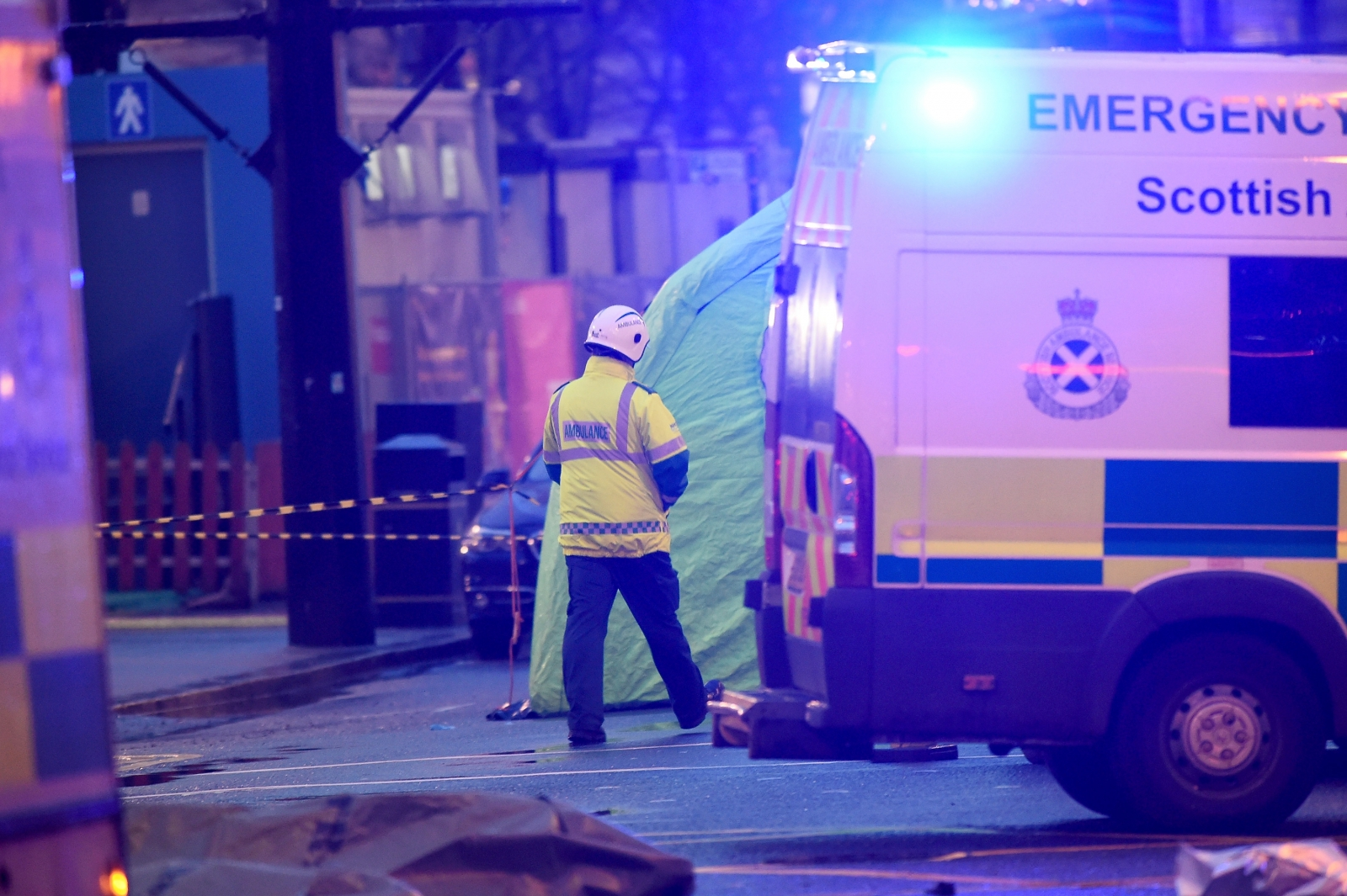 Driver behind wheel of bin lorry in Glasgow crash was taken to hospital