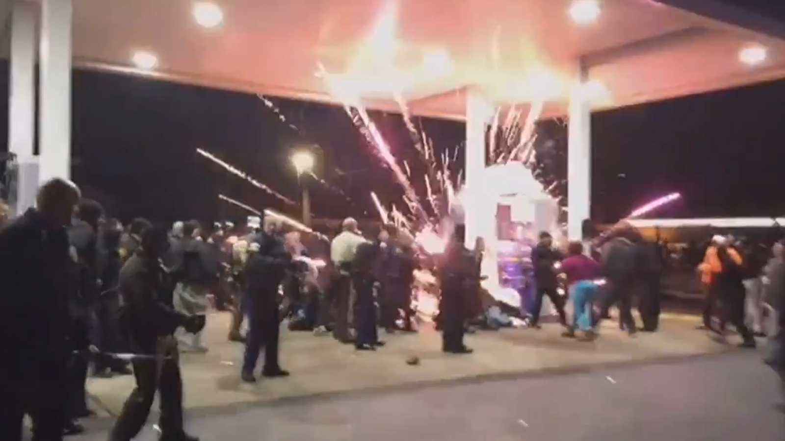 Antonio Martin: Clashes between protesters and police after black US teenager shot by officer