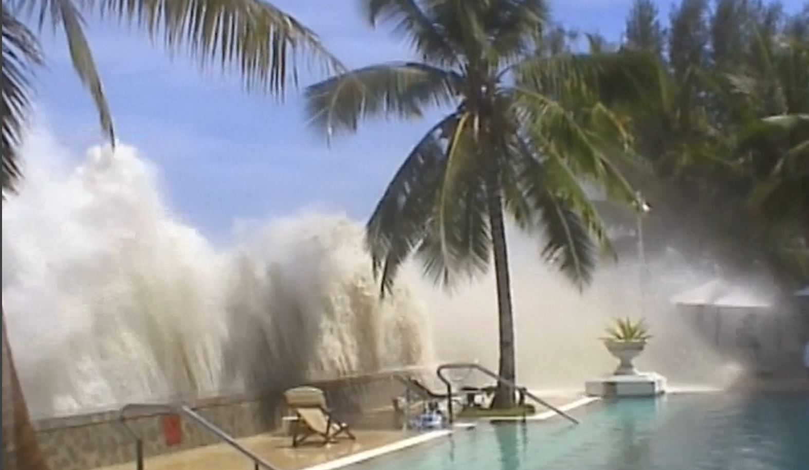 Indian Ocean Tsunami 10th anniversary: Harrowing archive footage of the disaster