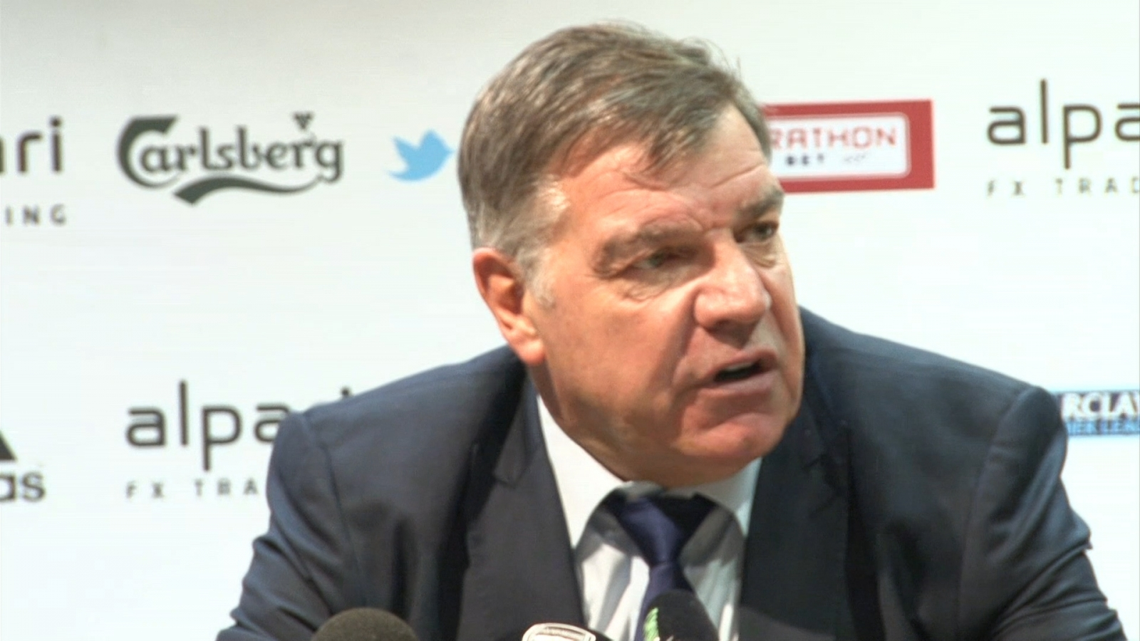 Sam Allardyce: Officials clearly got offside decision 'horribly wrong'