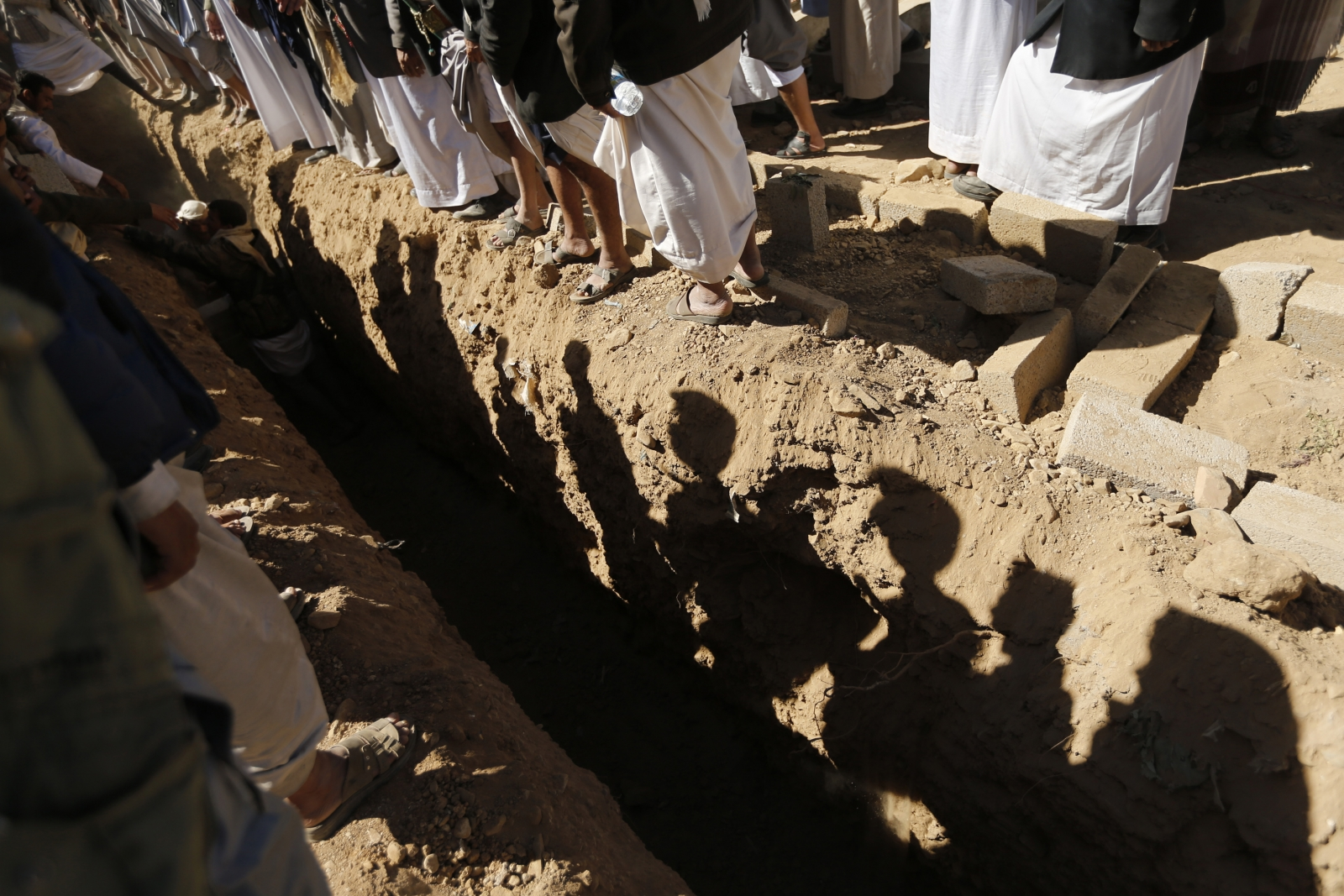 Yemen Houthis grave