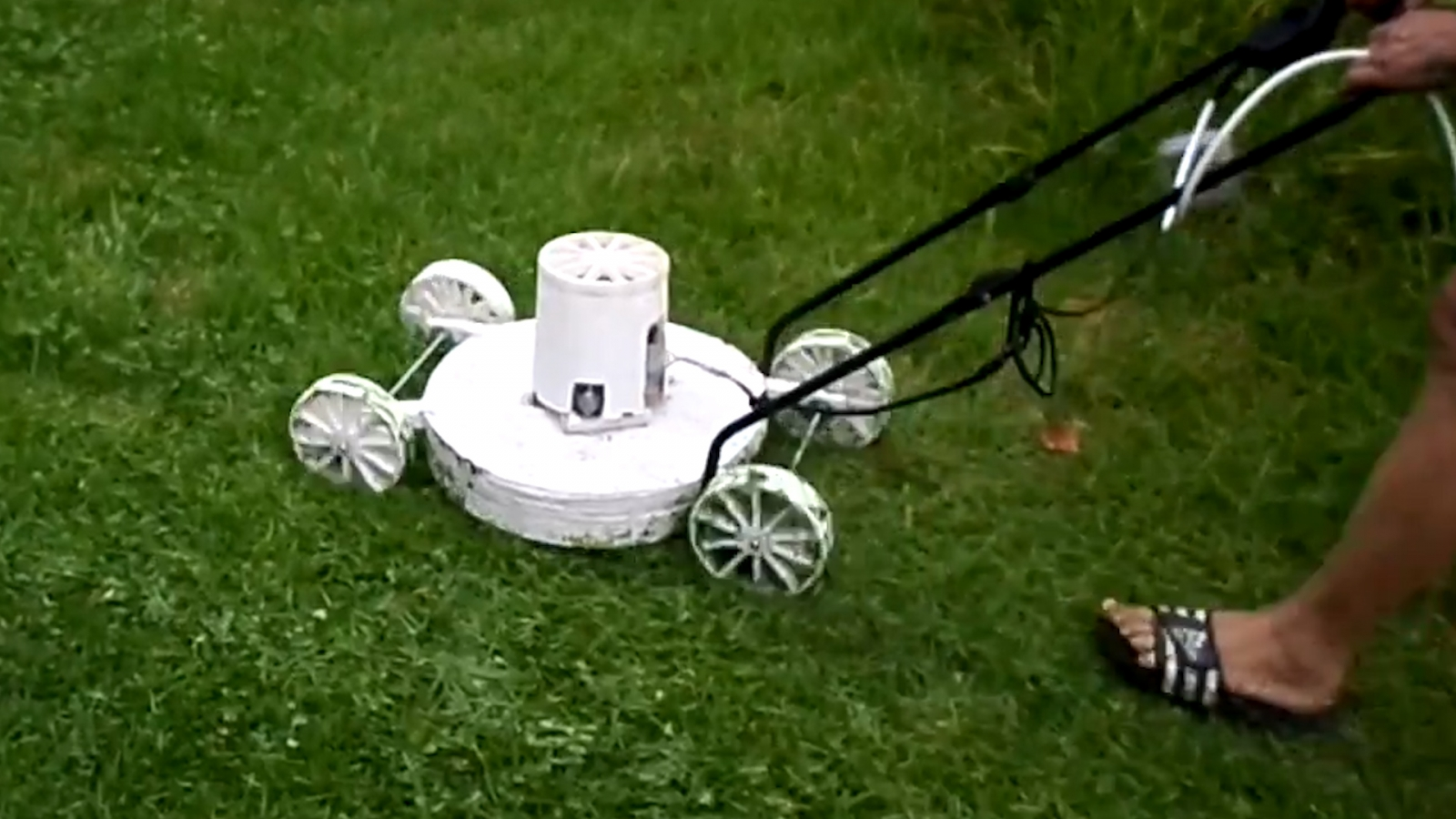 Hans Fouche's 3D Printed Lawn Mower