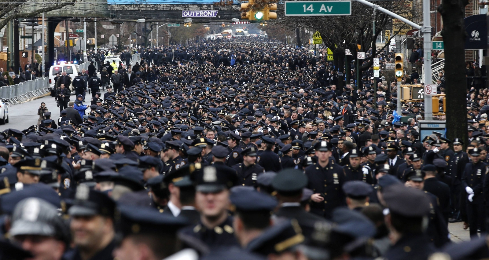 Mayor says New Yorkers are 'heartbroken' during eulogy for slain police officer