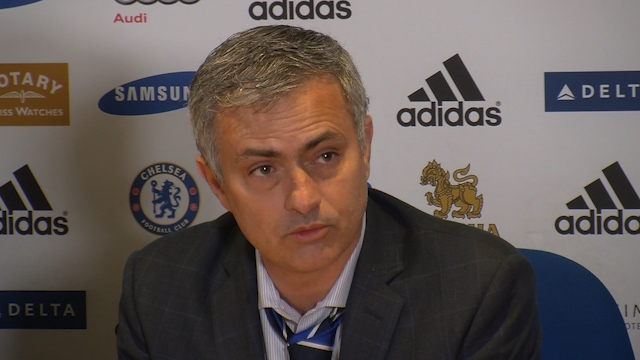 Jose Mourinho apologises for referee comments during Watford match