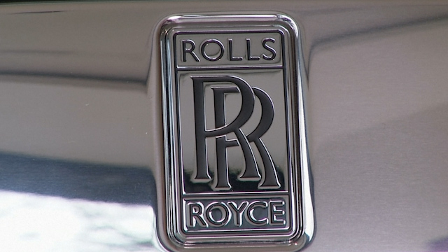 Young entrepreneurs boost Rolls Royce car sales