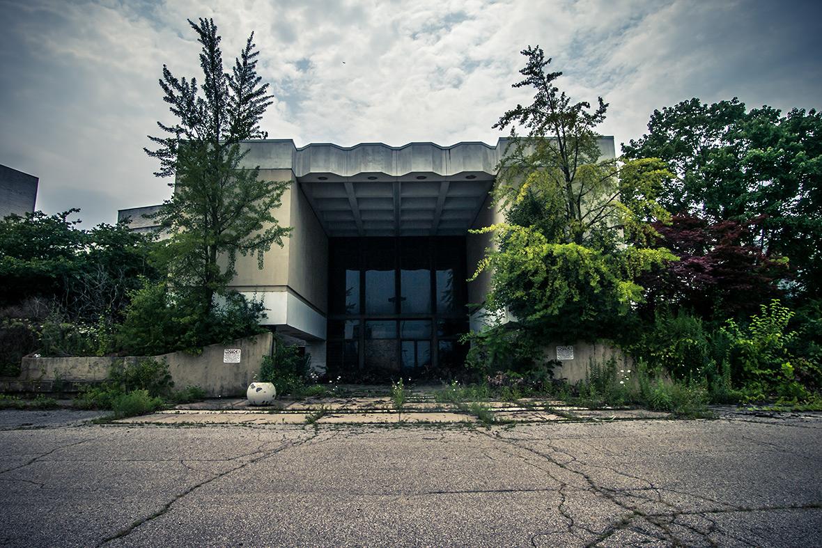 Abandoned Randall park mall