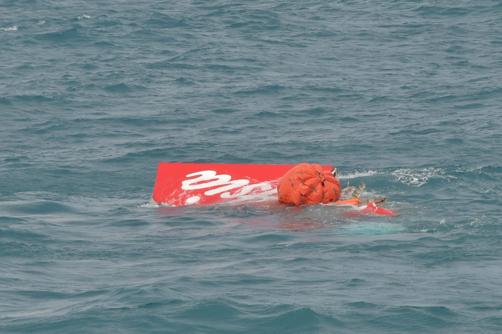 Air Asia flight crash recovery
