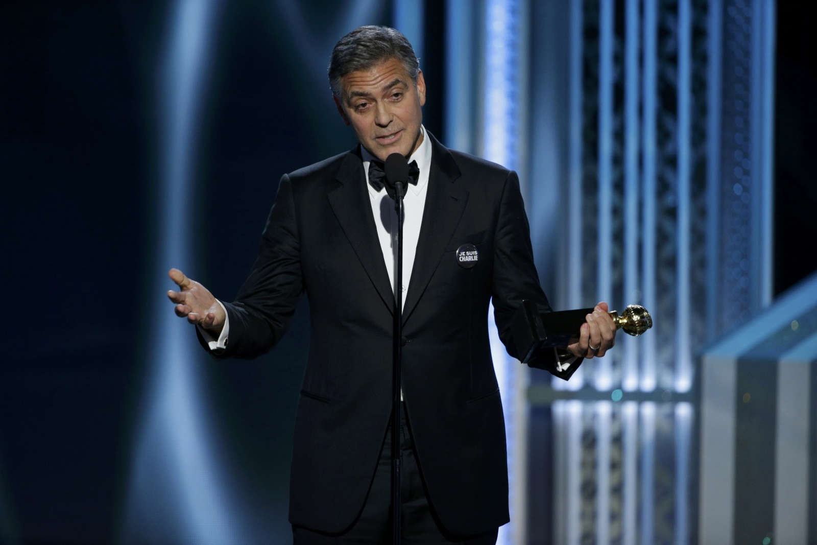 Clooney accepts Cecil B. DeMille Golden Globe