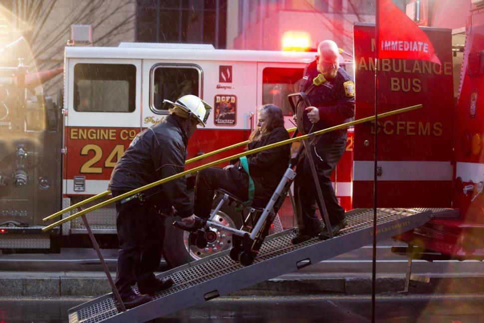 Video shows passengers struggling to breathe in smoke-filled Washington DC Metro