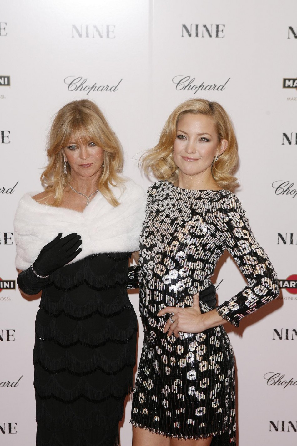 Cast member Kate Hudson arrives with her mother, Goldie Hawn, at the premiere of the film quotNinequot in New York.