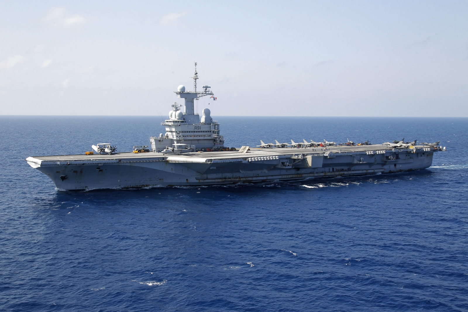 Frances Charles de Gaulle aircraft carrier ISIS Charlie Hebdo