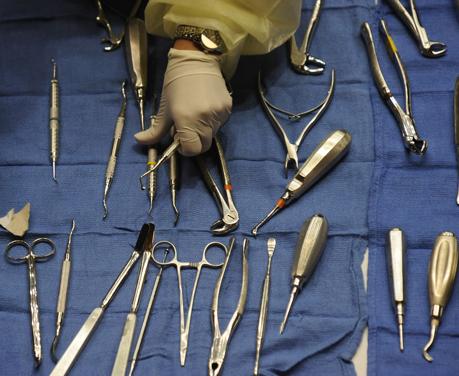 Dental instruments.  AFP PHOTO / Robyn Beck