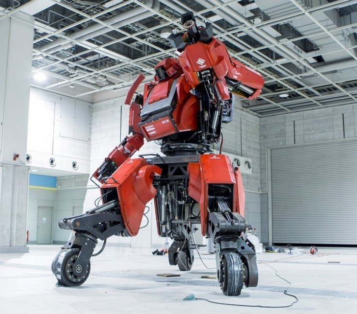 Kuratas: the mobile suit mecha robot you can actually ride in