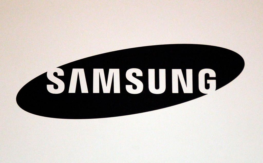 Samsung Electronics mulls stock split to pacify investors