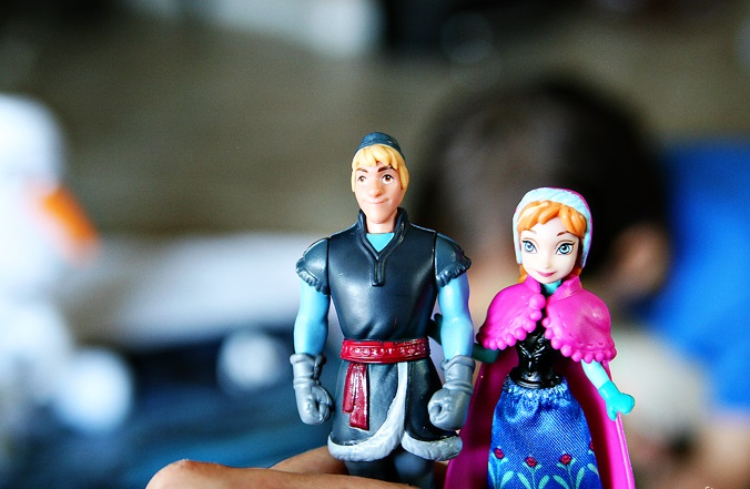 disney frozen toy fair