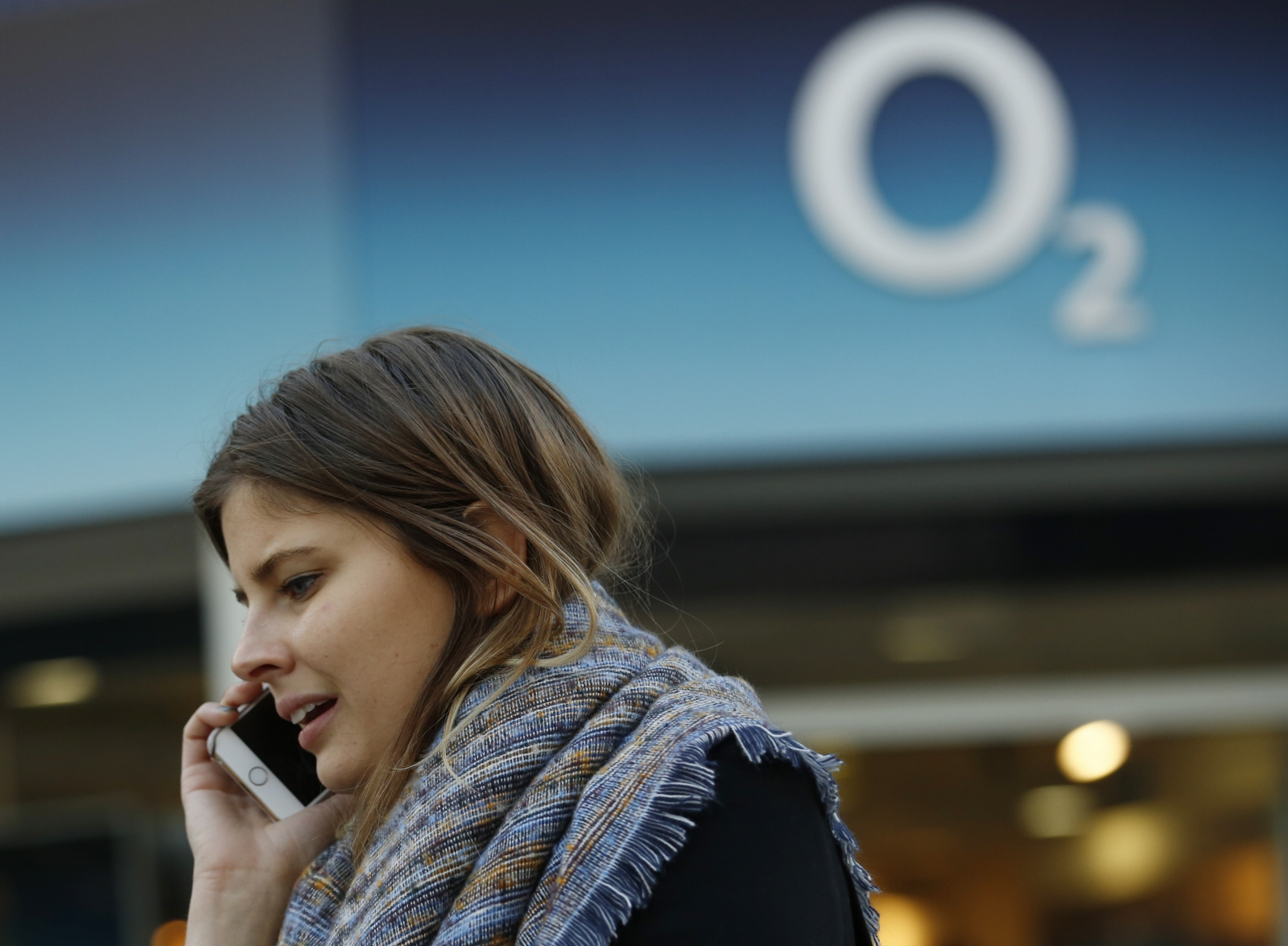 O2 sold to Three