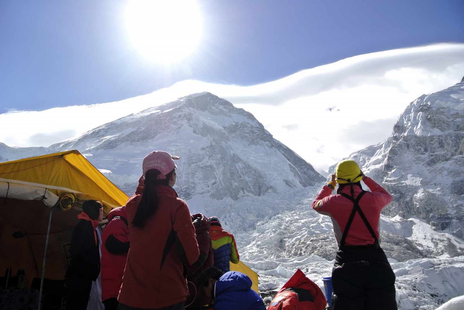 Researchers studying Himalayan mountain climbers say some are less likely to reach the top, depending on their cultural background