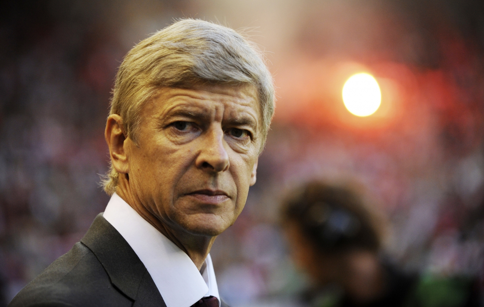 Arsene Wenger feeling positive over Arsenal talks to sign Gabriel Paulista