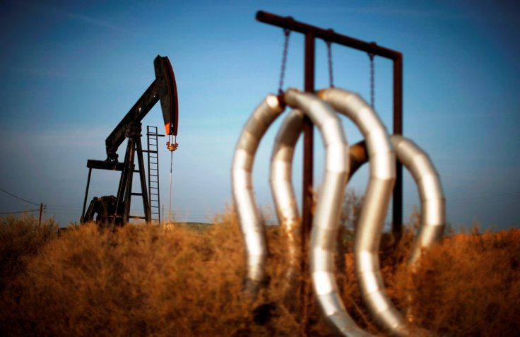 Crude oil prices continue to drop amid persistent supply glut