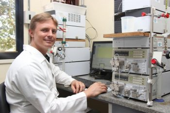 The painkiller was discovered by Felipe Vinecky during research on his doctoral thesis at University of Brasilia