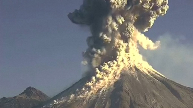 Mexico volcano eruption caught on camera