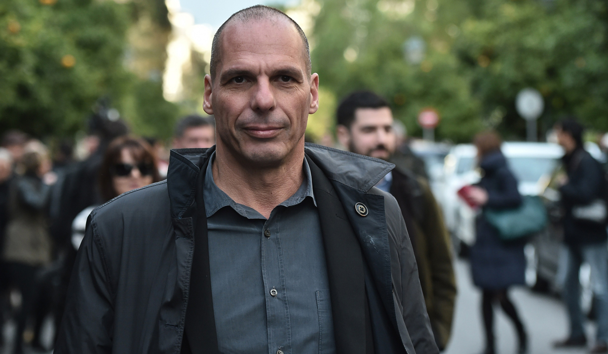 Greek finance minister: ECB's decision to disqualify Greek bonds as collateral would not affect financial sector