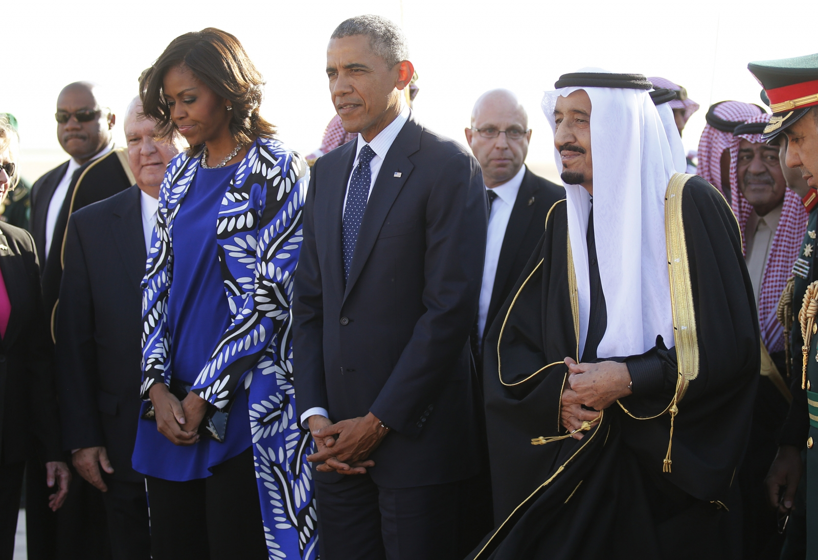 Michelle Obama attracts criticism for not wearing head scarf in Saudi Arabia