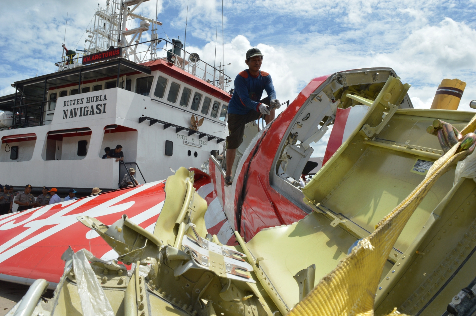 AirAsia QZ8501 was not being flown by captain when it crashed in to Java Sea