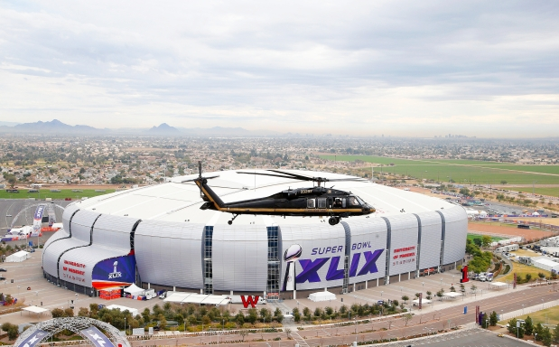 Super Bowl fans to face strict security checks at stadium