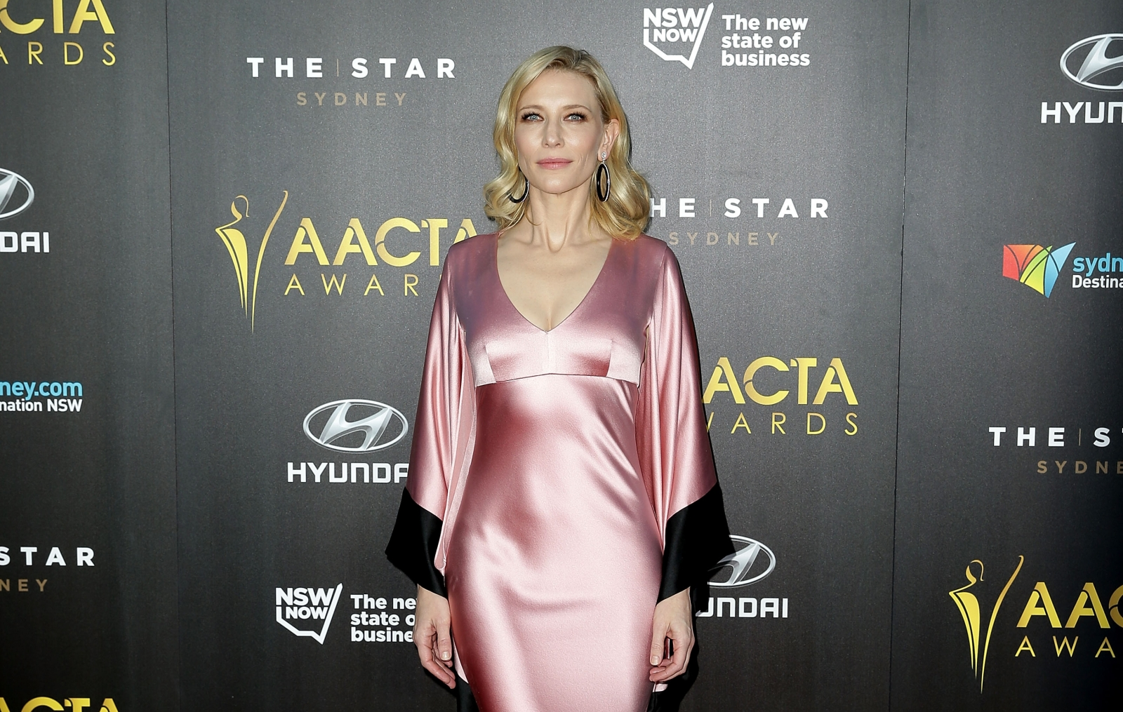 Aacta Awards 2015 Cate Blanchett Goes Knickerless For The
