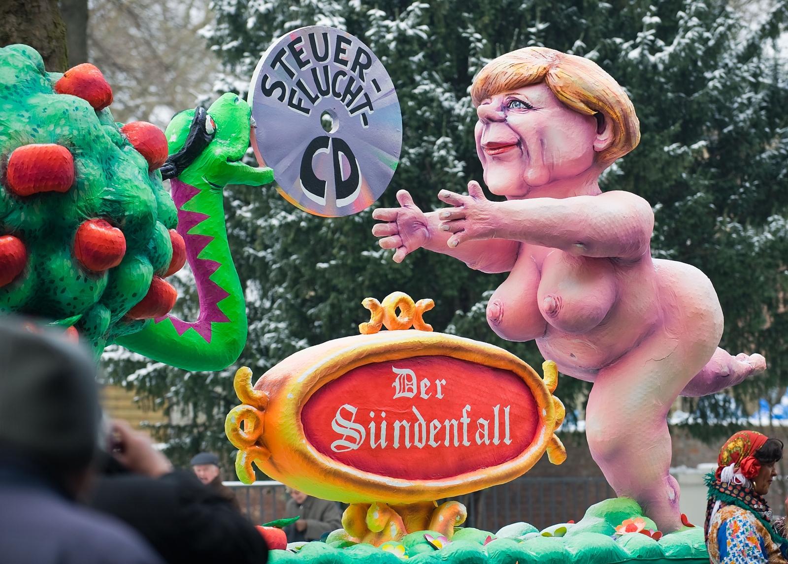 A satirical Rosenmontag float of German Chancellor Angela Merkel. (Getty)