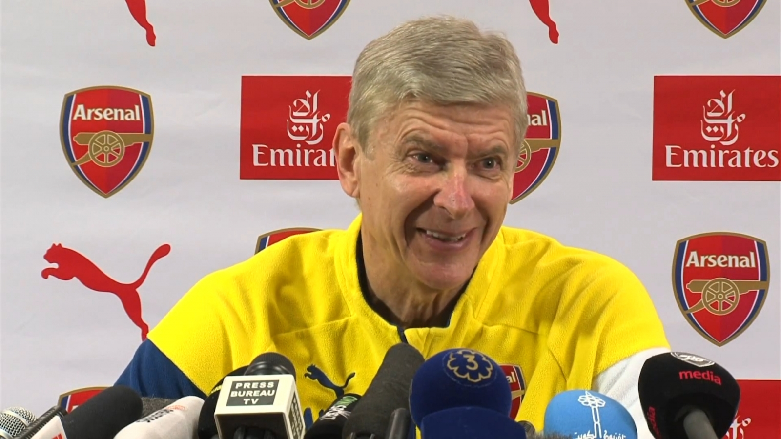 Arsene Wenger: Arsenal transfer business unlikely unless exceptional player stands outside my front door