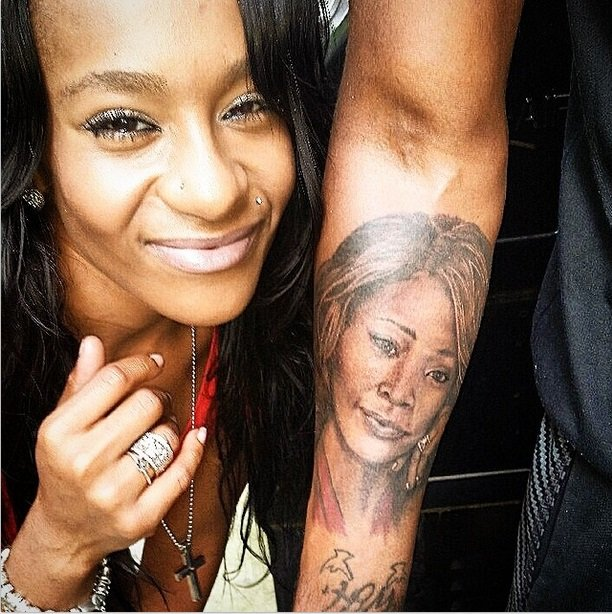 Whitney Houston and Bobbi Kristina: Eerie similarities between mother and daughter just before pop diva's death anniversary