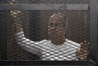 Jailed Al-Jazeera journalist Peter Greste jailed from jail in Cairo