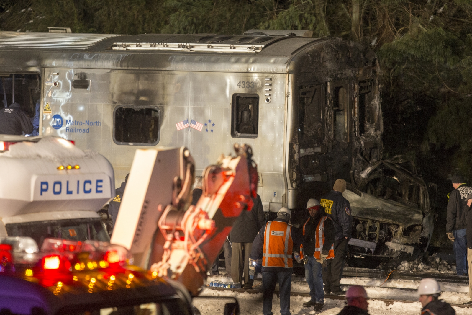 New York train crash kills at least seven at level crossing