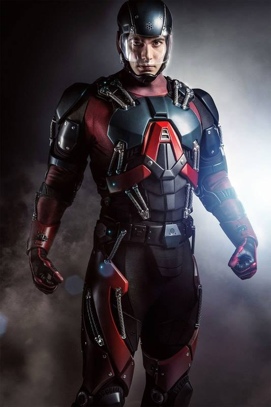 Brandon Routh in The Atom suit