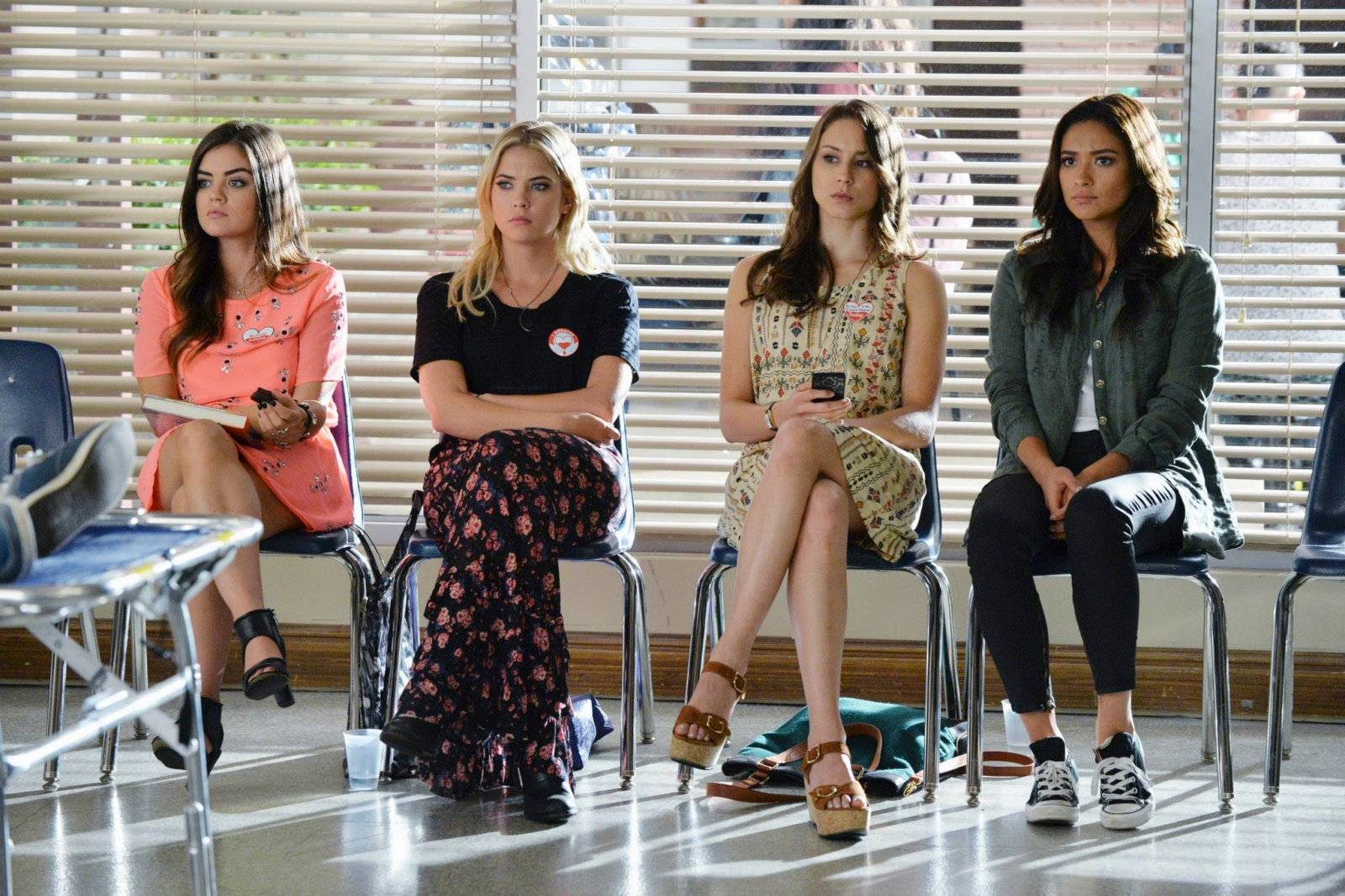 Pretty Little Liars Season 5: 'A' will be revealed soon, teases show producer Marlene King