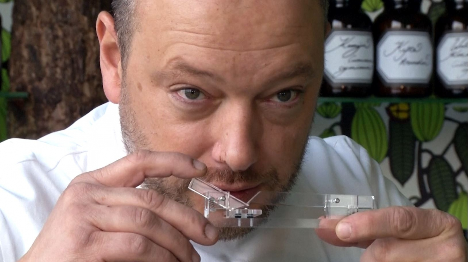 Chocolate Shooter: Device for snorting cocoa powder gives a new meaning to 'nose candy'