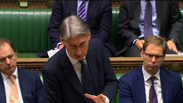 UK keeping decision not to arm Ukraine 'under review'