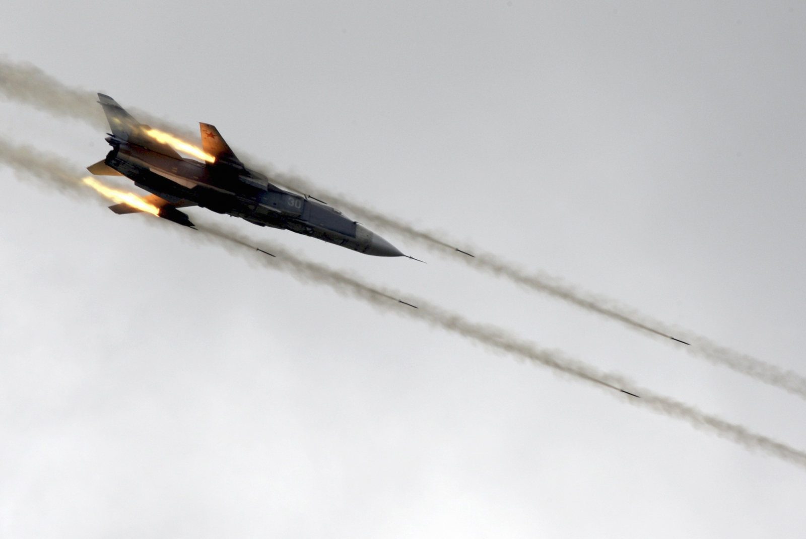 Russia fighter jet crash