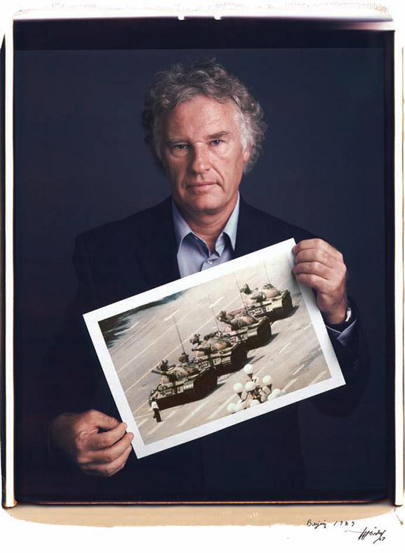 Tim Mantoani Behind Photographs
