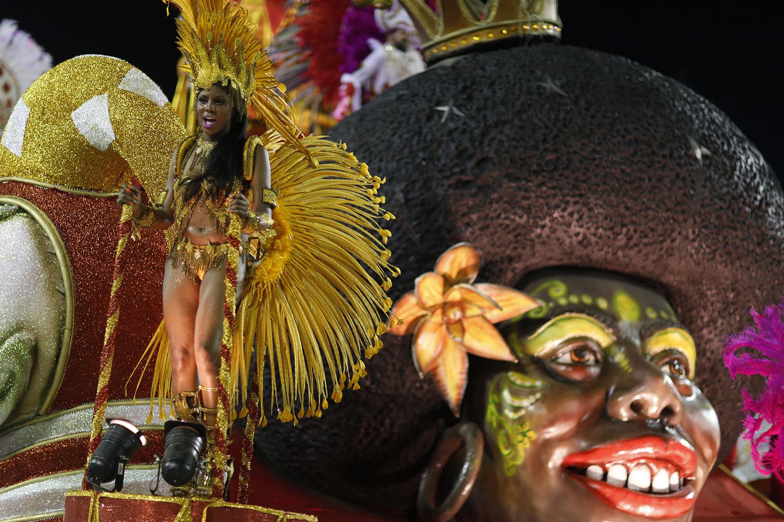 Rio Carnival 2015 16